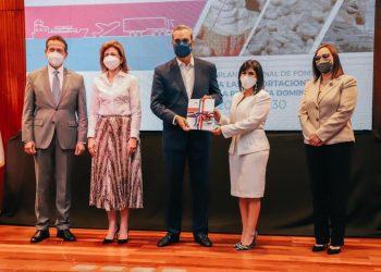 Presentación del Plan Nacional para el Fomento a las Exportaciones, encabezado por el presidente Luis Abinader. | Fuente externa.