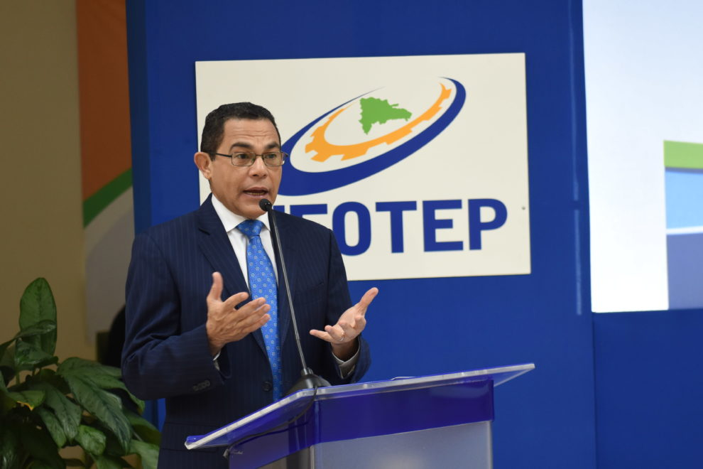 rafael ovalles, director general infotep