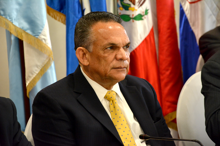 ramon ventura camejo, ministro de adminitracion publica