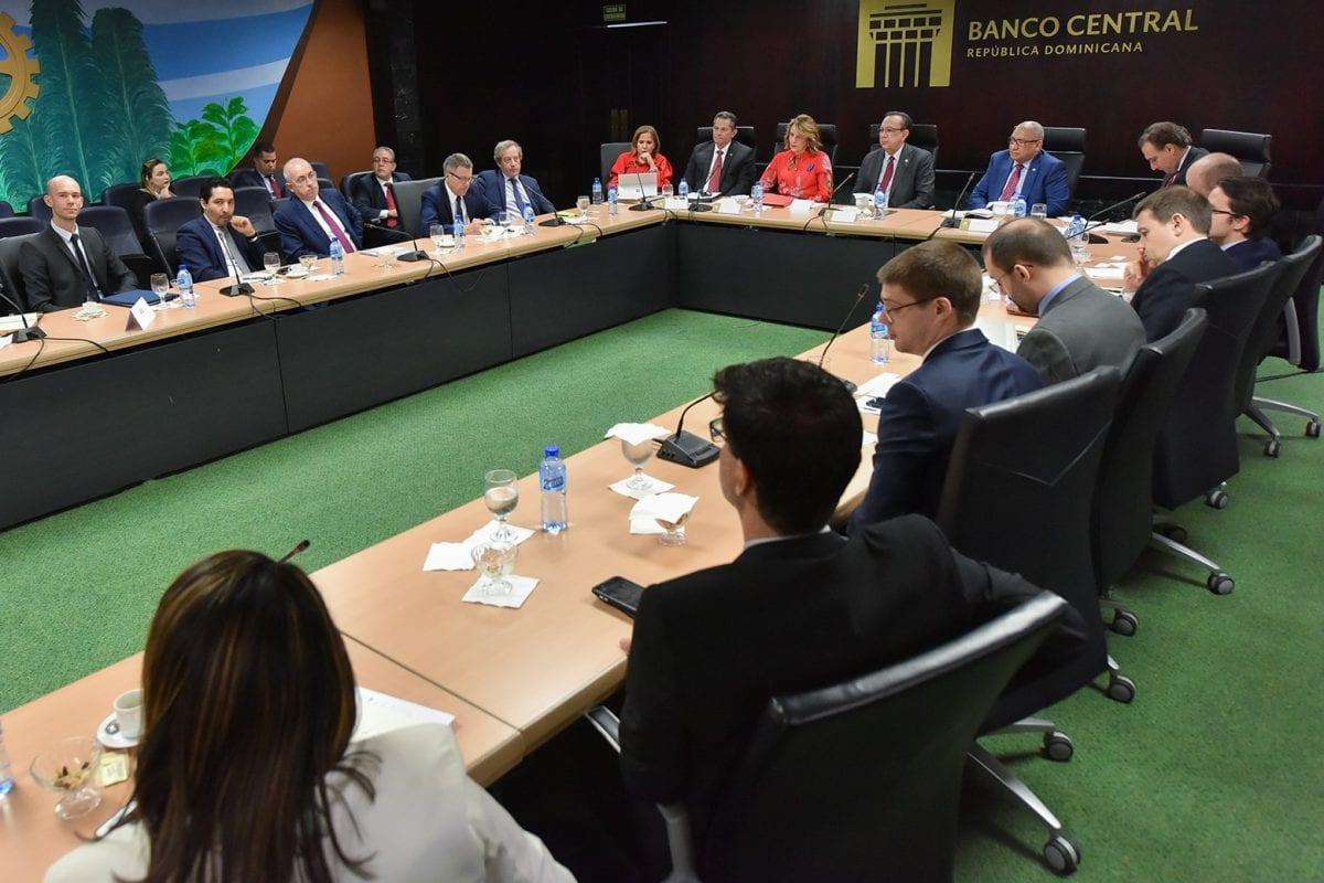 reunión inversionistas franceses