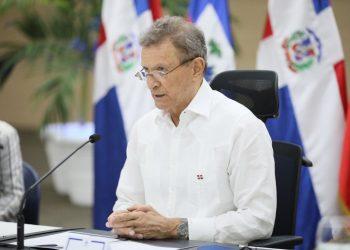 El canciller Roberto Álvarez durante el encuentro sostenido con su homólogo, Claude Joseph. | Fuente externa.