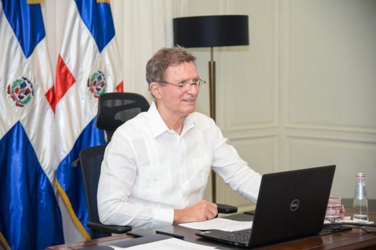 Roberto Álvarez, ministro de Relaciones Exteriores.