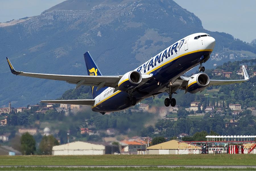 ryanair boeing 737 800 berni 1