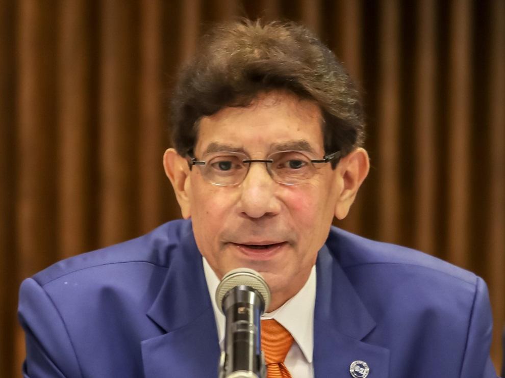 salvador figueroa, presidente de asologic