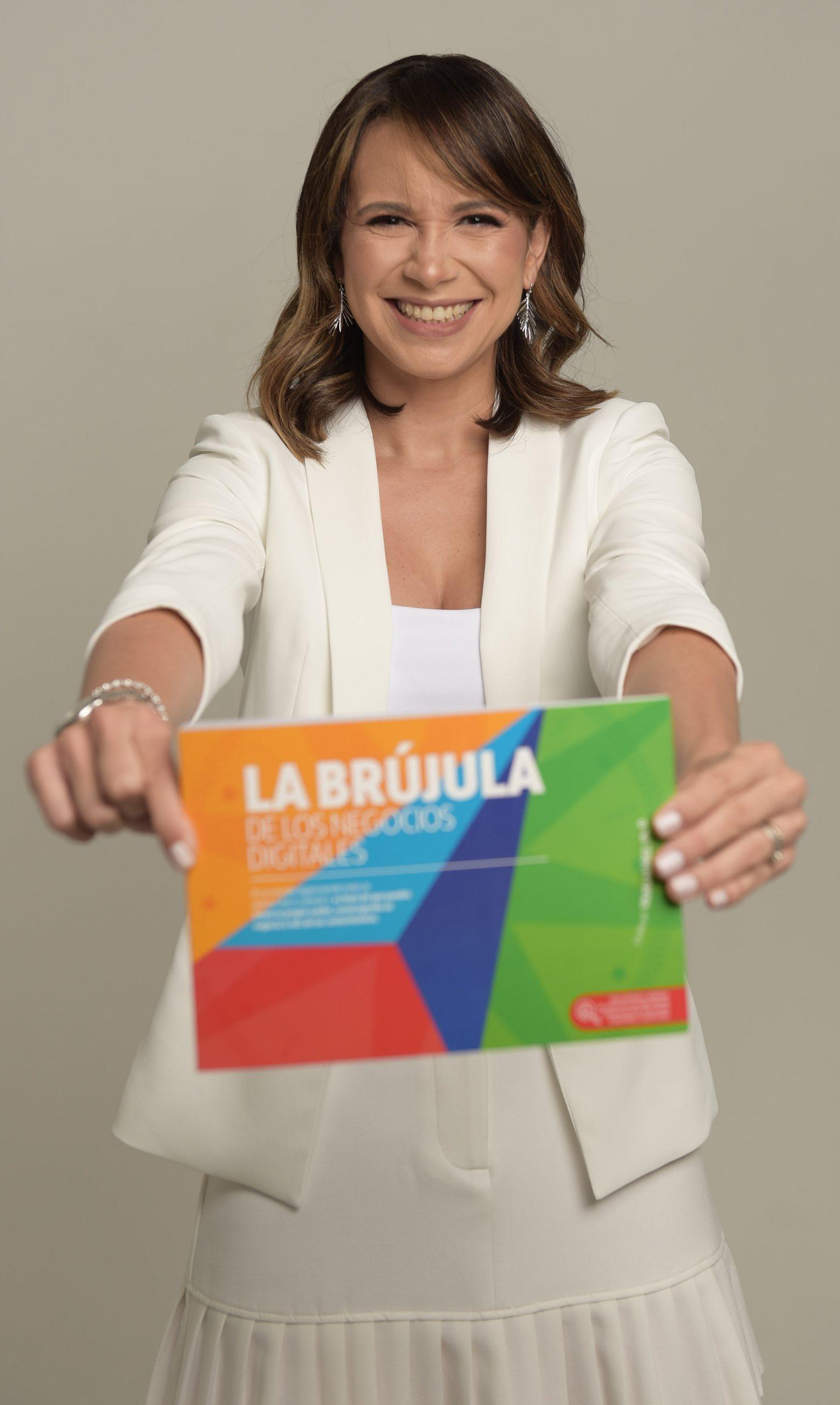 """Vilma Núñez lanzó recientemente su libro """"La brújula de los negocios digitales""""."""