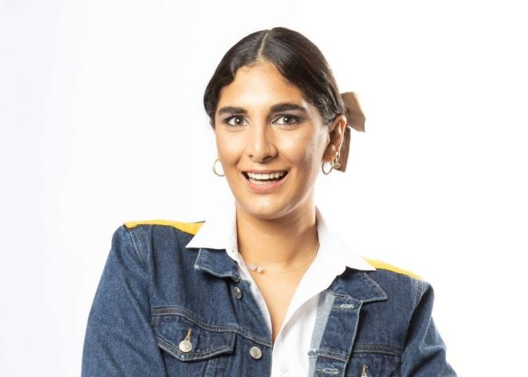 Yamilé Hazim, creadora de la plataforma digital Revoltiao.