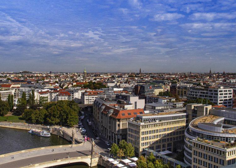 Berlín, Alemania.   Rubi Bavera, Pixabay.
