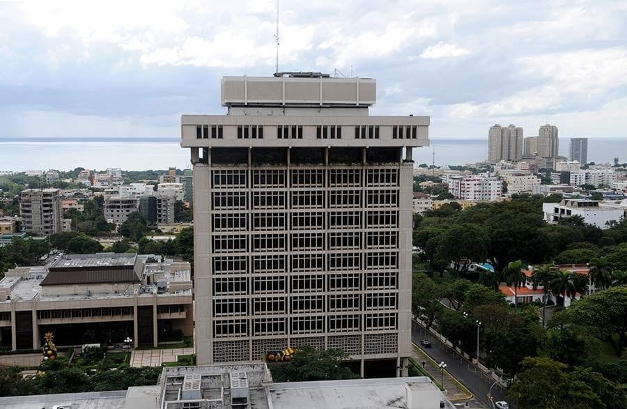 Brasil recorta su tasa de interés por primera vez en cuatro años