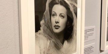 """Muestra en 2019 en el Museo Judío de Viena""""Lady Bluetooth"""", que repasó la vida de la actriz e inventora Hedy Lamarr (1914-2000).   Hugo Barcia, EFE."""