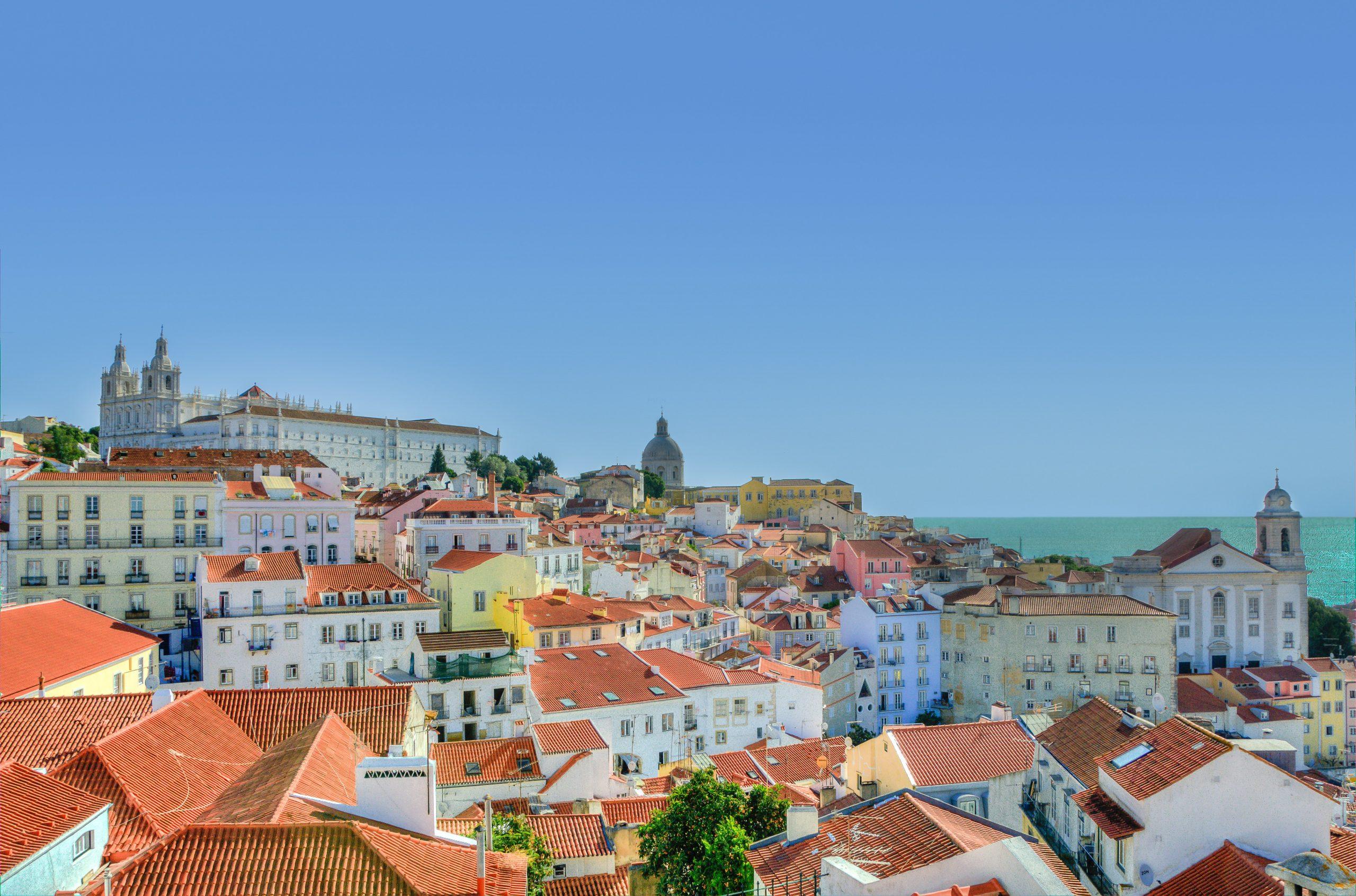 city lisbon houses portugal 9253
