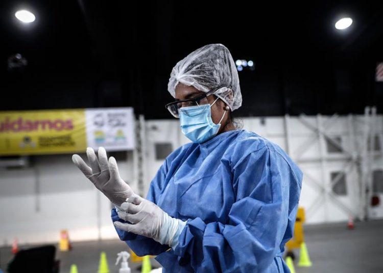 Desde marzo de 2020, Argentina ha registrado 1.690.006 personas con coronavirus, de las cuales 1.484.794 ya se han recuperado y 44.122 fallecieron. | Juan Ignacio Roncoroni, EFE.