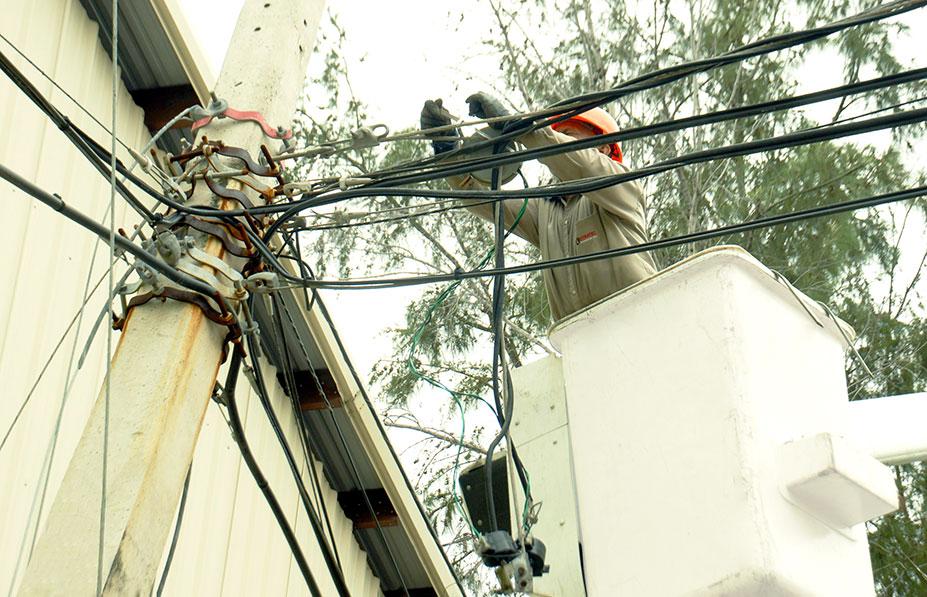 deuda externa dominicana electricidad