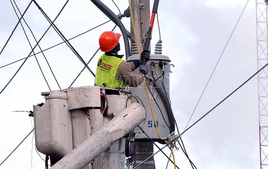 La inversión en la comercialización y mejora de redes es baja.