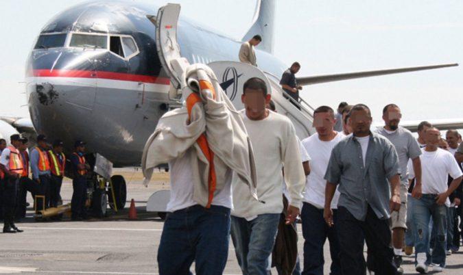 dominicanos deportados