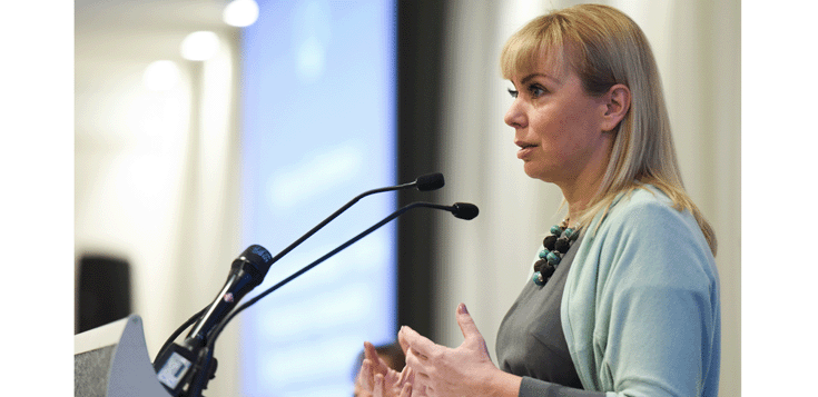 elzbieta bienkowska, comisaria europea de mercado interior e industria