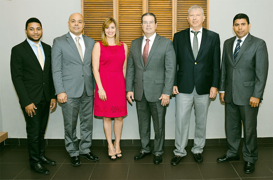 Windler Soto, Jairon Severino, Julissa Báez, Gabriel Ballestas, Francesco Cardi y Esteban Delgado.