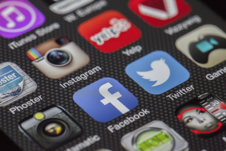 Aplicaciones, plataformas digitales, redes sociales