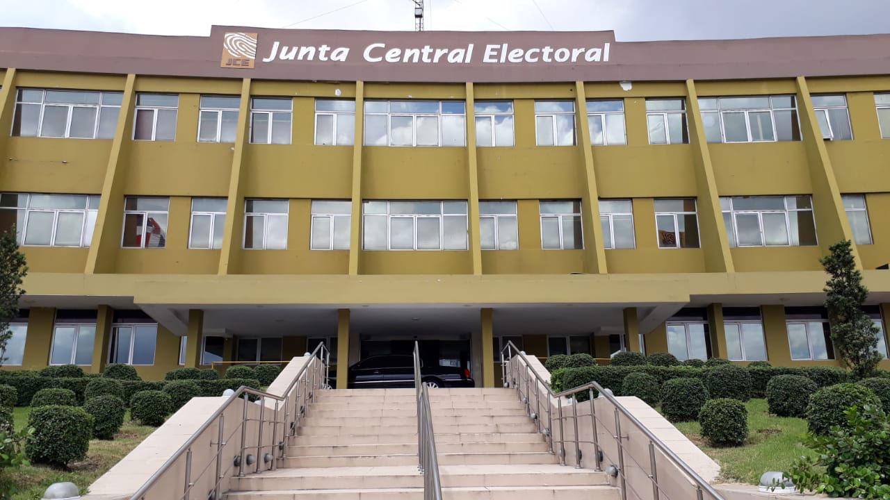 fachada junta central electoral