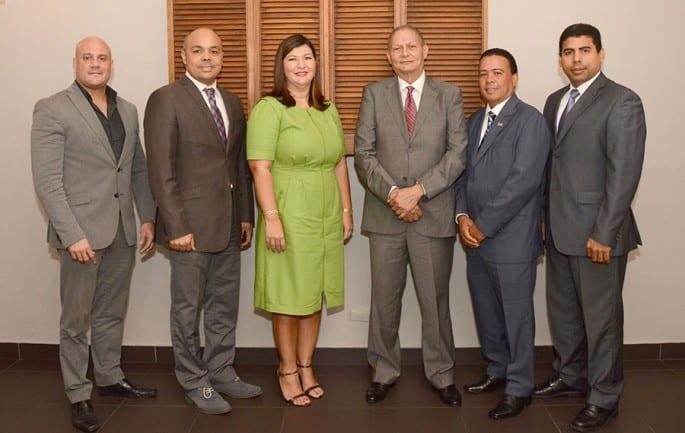 René del Risco, Jairon Severino, Cesilia Jiménez, Bruno Morales, Carlos Ramírez y Esteban Delgado.