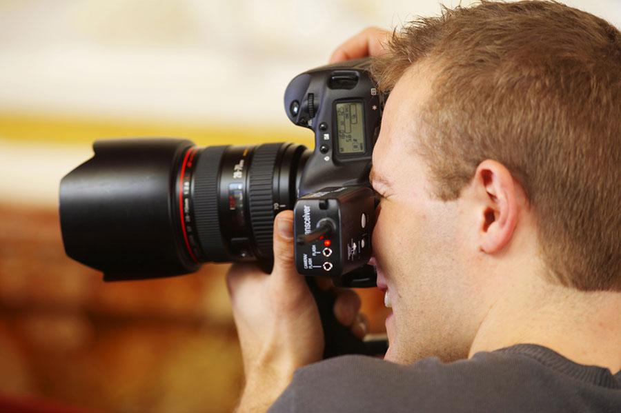 Una buena fotografía no está en la última cámara digital, sino en la historia que cuente.
