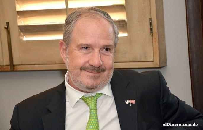 Guillermo Arancibia, Gerente General de JMMB Puesto de Bolsa.
