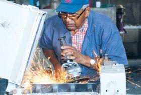 República Dominicana demanda 200,000 nuevos puestos cada año.