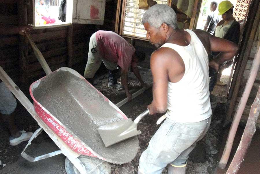 El empleo informal sigue en ascenso en República Dominicana.