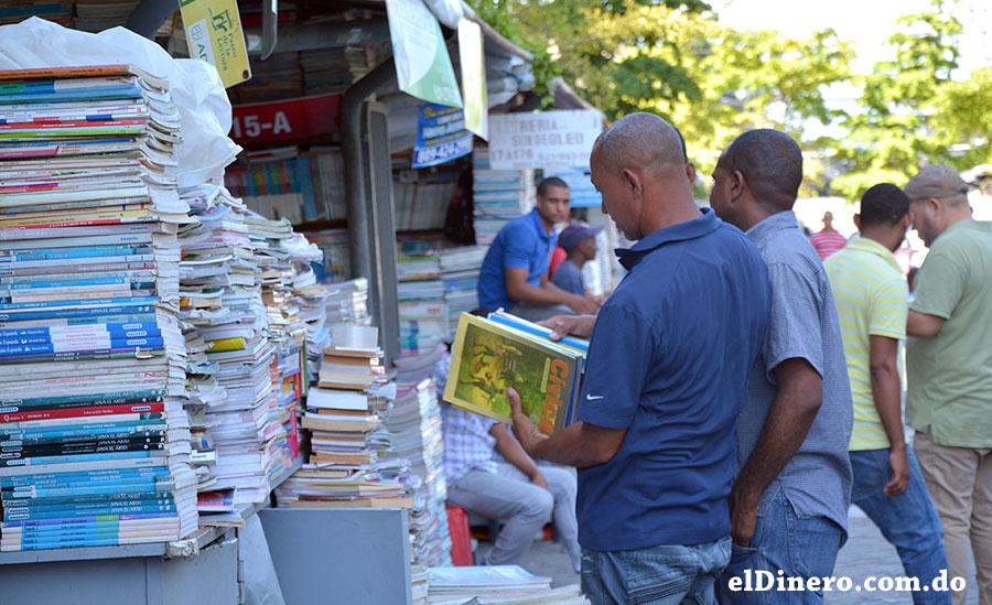Las personas eligen por sí mismas los textos que necesitan. | Lésther Álvarez