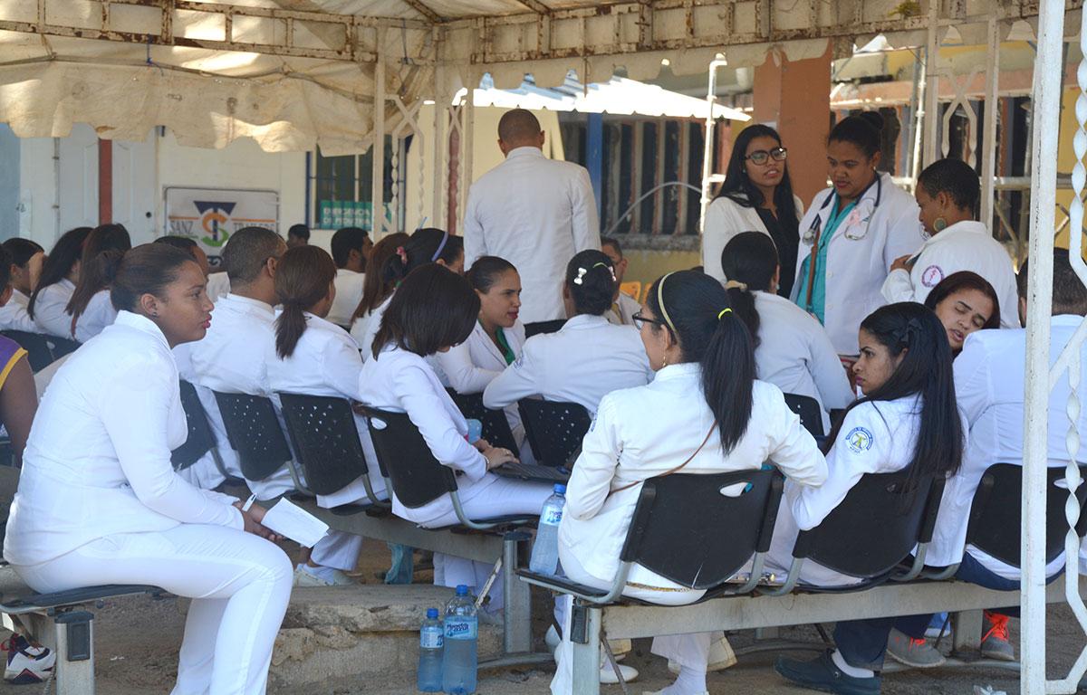 medicos huelgas salarios