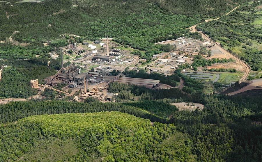La mina de Falcondo opera en terrenos de la provincia Monseñor Nouel y una parte de La Vega.