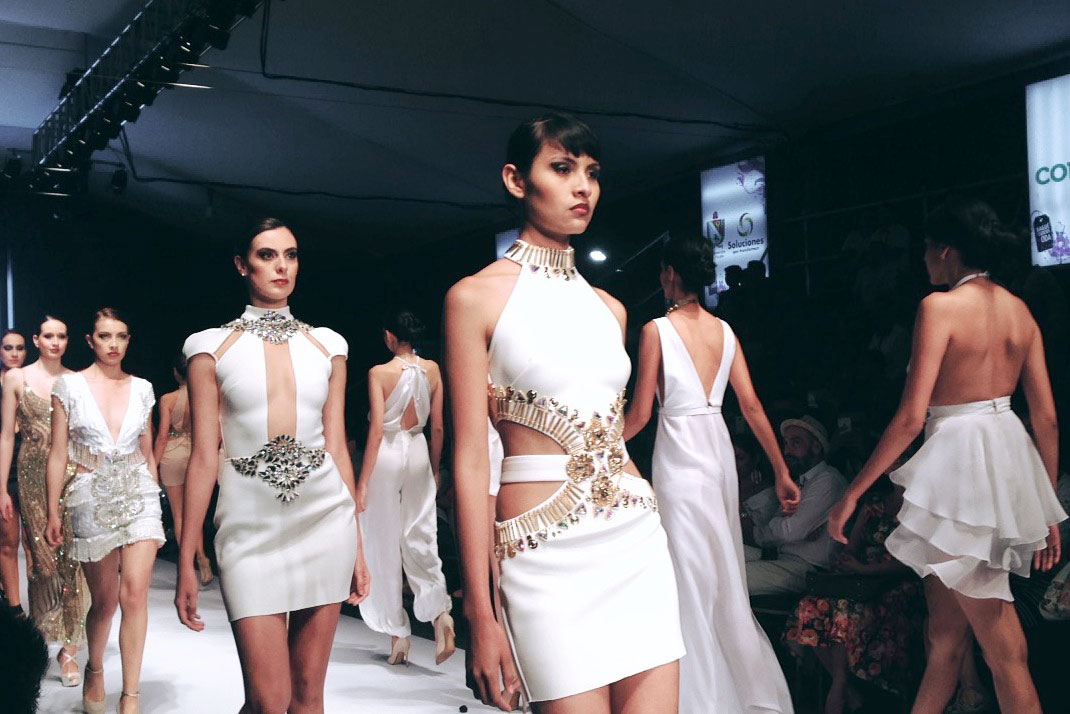 moda dominicana giannina azar