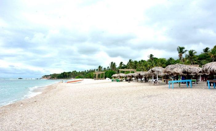 playa barahona region sur