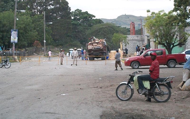 El comercio con Haití es prácticamente la única actividad generadora de recursos en la región.