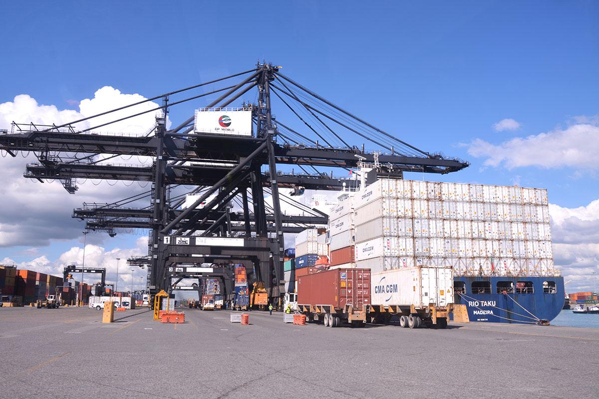 puerto multimodal caucedo