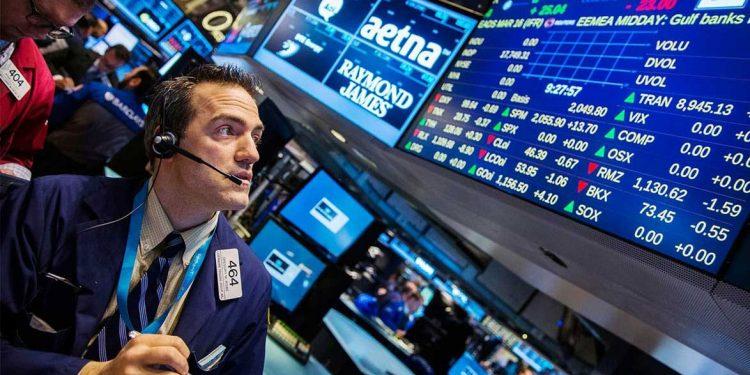Al término de las operaciones en la Bolsa de Nueva York, el S&P 500 subió un 1.54% o 54.19 puntos hasta situarse en 3,580 enteros. | Reuters