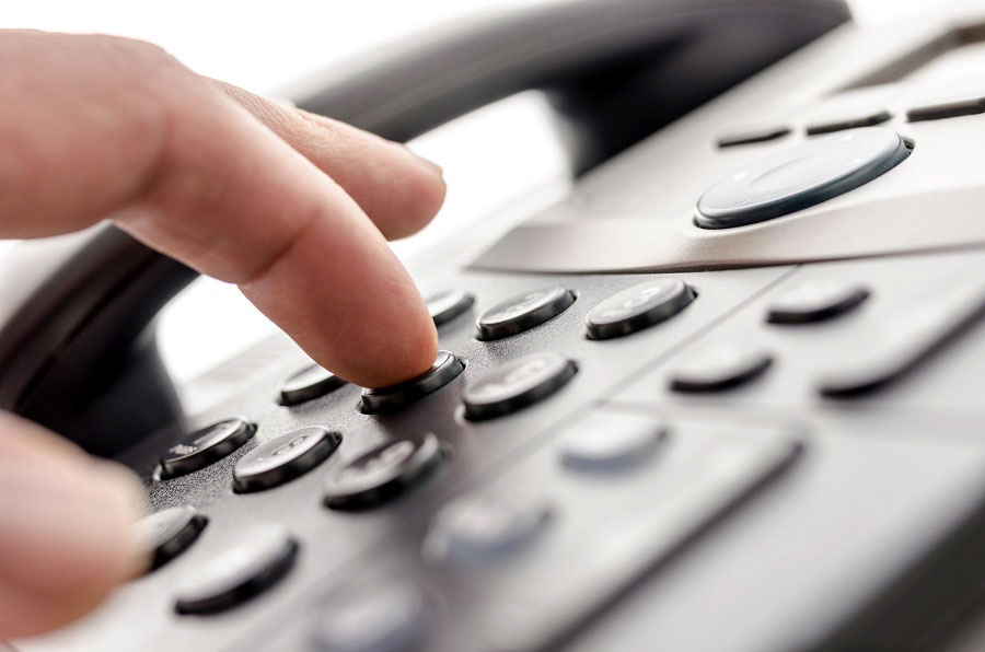 El Indotel pide a los usuarios reclamar ante cualquier inconformidad con las telefónicas.