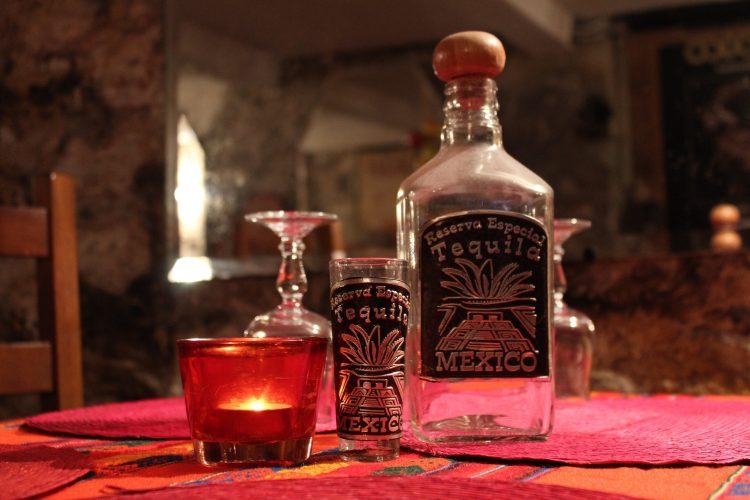 Tequila mexicano.