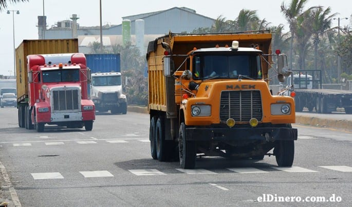 Los empresarios reclaman que haya libertad de contratación en el transporte de carga, a fin de bajar costos y agilizar los procesos.