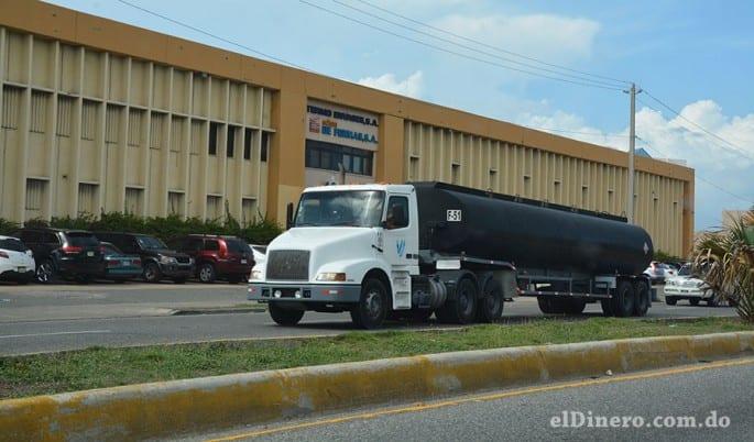 El transporte de una tonelada en República Dominicana cuesta alrededor de US$0.14. El promedio de América Latina es de US$0.12.