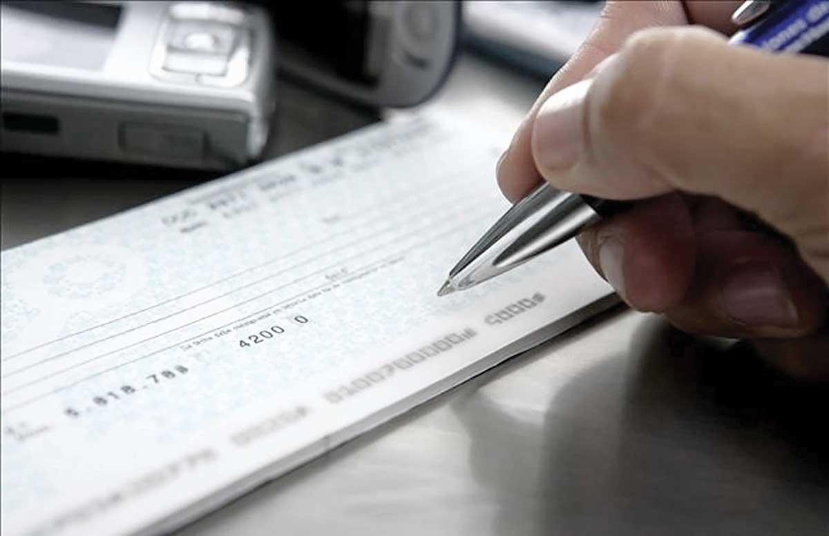 uso de cheques transferencias