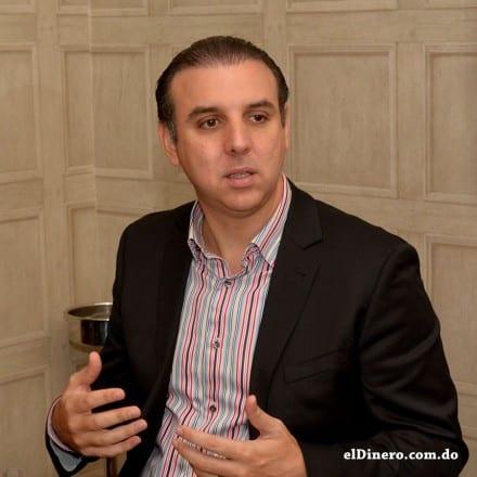 Yamil E. Isaías, vicepresidente ejecutivo de Pioneer.